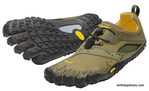 This is the men's Spyridon MR FiveFingers in olive green.