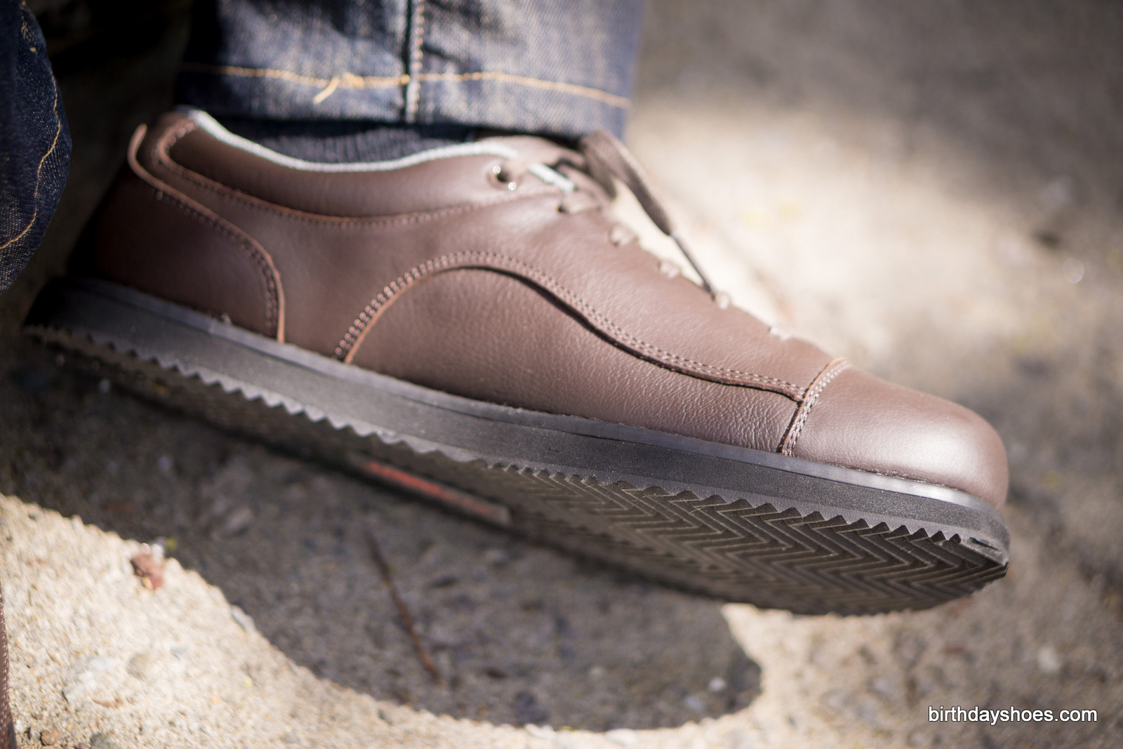 With a zero drop platform, your heels will thank you and be more durable