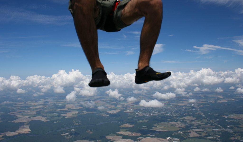 SkyDiving in Vibram Five Finger KSOs - walking on clouds