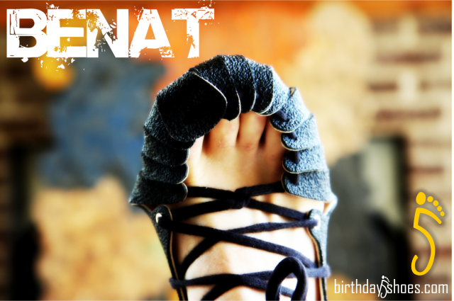 BeNat shoes are an ultra-minimalist shoe out of Germany that is almost like a mix between a pair of huaraches on steroids and a Roman boot.