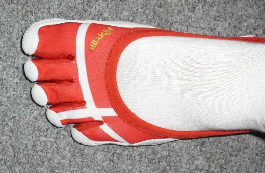 Denmark flag-styled Olympic Classic FiveFingers ... coming sometime summer 2012?
