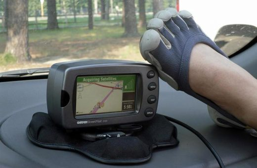 I wonder if you can press those Garmin GPS device buttons with your VFF-shod toes!