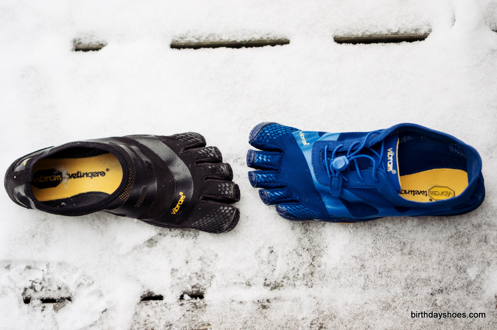The FiveFingers EL-X in black on the left; EL-X LS (for Youth) / KSO EVO FiveFingers in blue on the right.