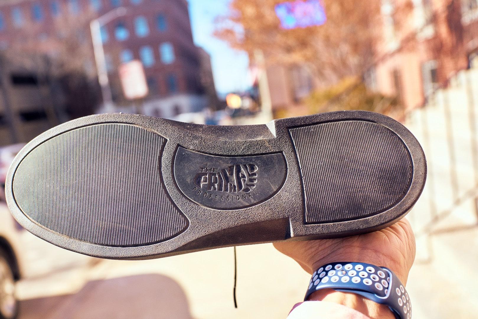 Sole and hidden heel
