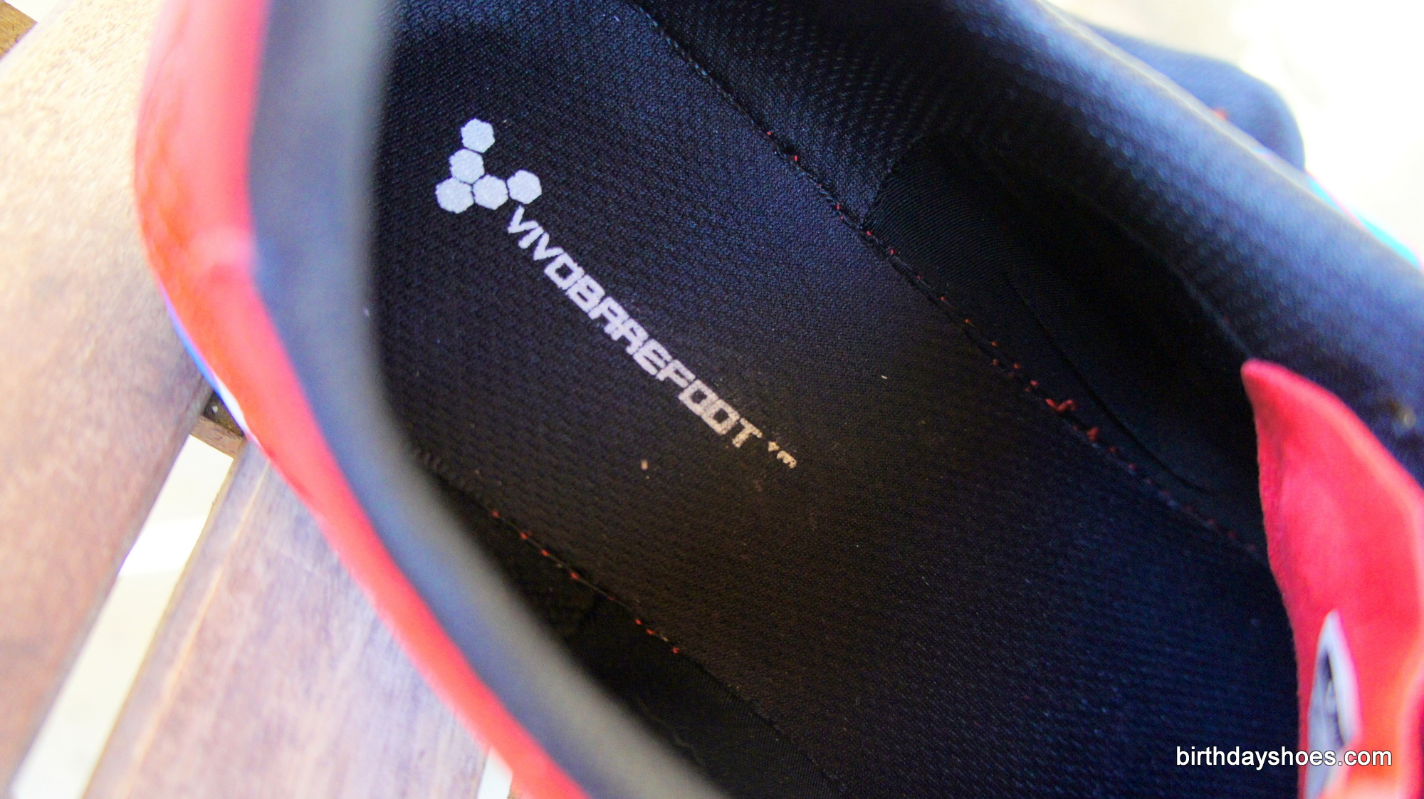 Designed to be worn with or without insoles.