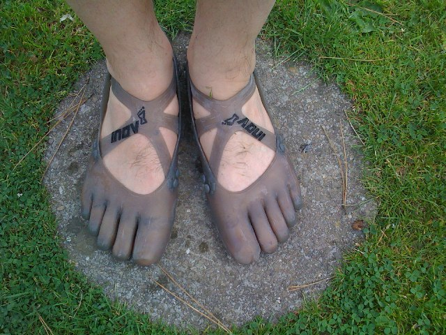 Nope, these aren't Vibram Five Fingers.  They're Inov-8's new evoskin prototype silicon toe shoes.
