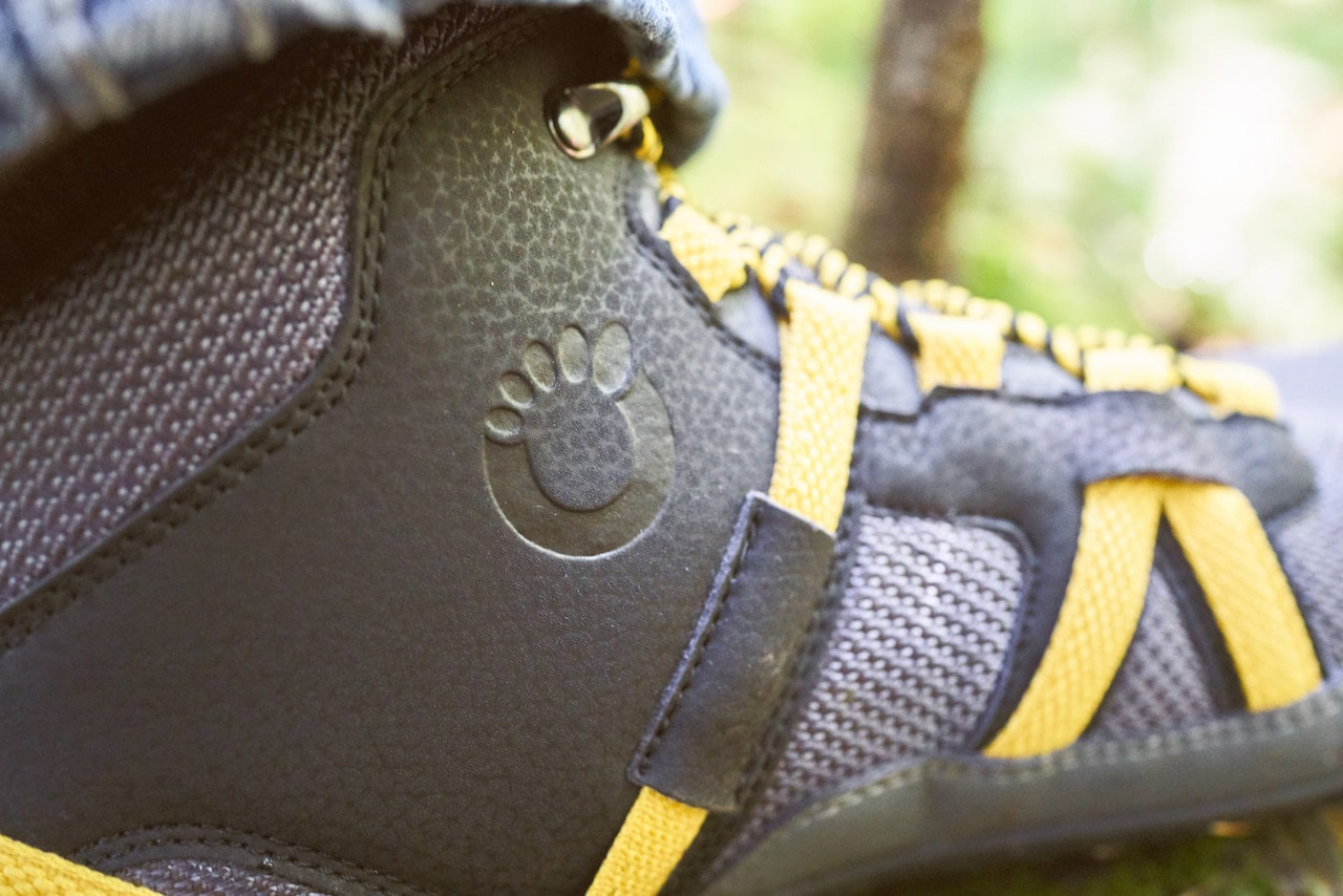 For their more heavy-duty shoe, Xero Shoes reinforced some of the weak spots of the Prio Shoe, including its side straps