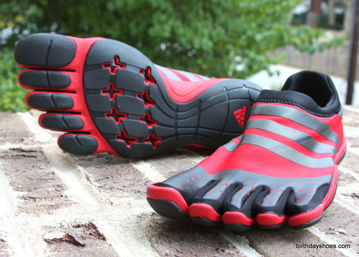 Azul Rama Agricultura  Adidas Toe Shoes: AdiPure Trainer Review - Birthday Shoes - Toe Shoes,  Barefoot or Minimalist Shoes, and Vibram FiveFingers Reviews, News, Forums